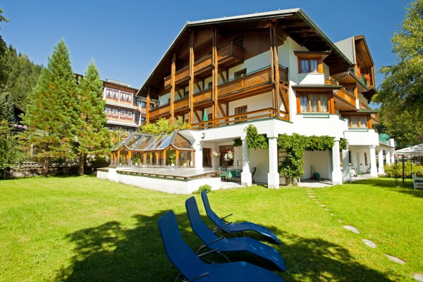 Urlaub im 3 sterne hotel alpenhotel wurzer filzmoos for Trendige hotels